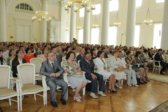 работа для выпускников вузов санкт-петербург менеджмент организа: